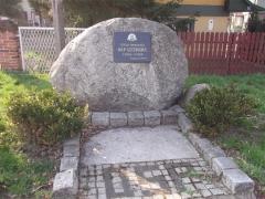 Pomnik 50 lecie istnienia jednostki